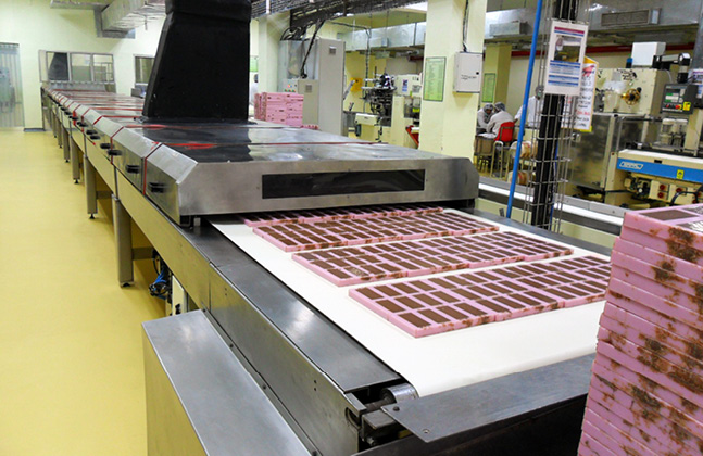 Choosing and Maintaining Environmental Industrial Flooring