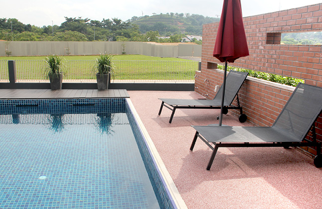 Carpeting Outdoor Areas with Seamless Stone Surfaces2