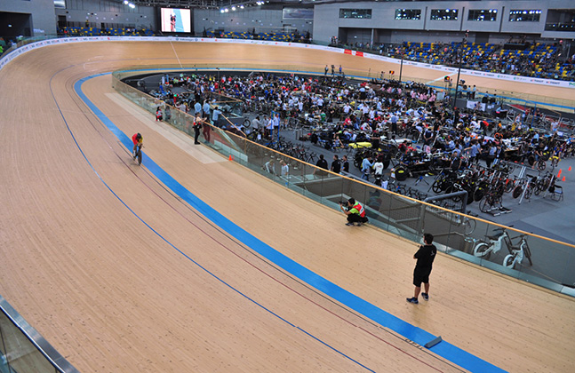 Flowcrete on the Right Track at Hong Kong Velodrome
