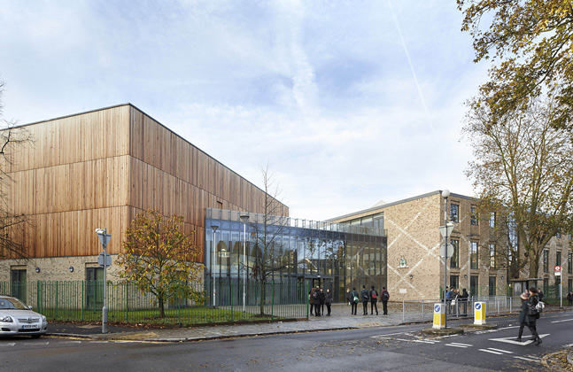 John Roan School Wins RIBA Award for Flowcrete Floored Development