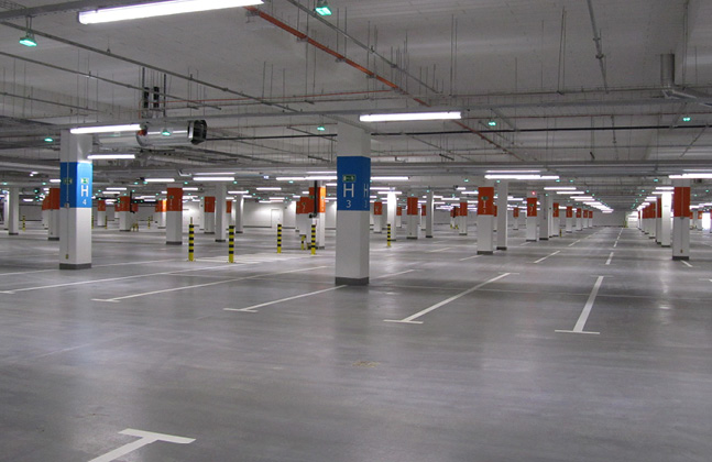 Poland's Biggest Shopping Centre Installs Deckshield Car Park Decking3