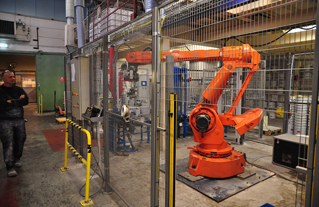 Say Hi to Kevin, the Robot Revolutionising Resin Flooring Production!