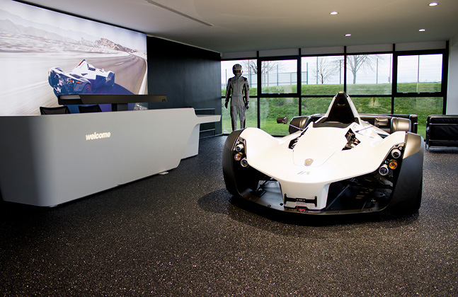 Supporting Brand Identity in Luxury Car Showrooms2