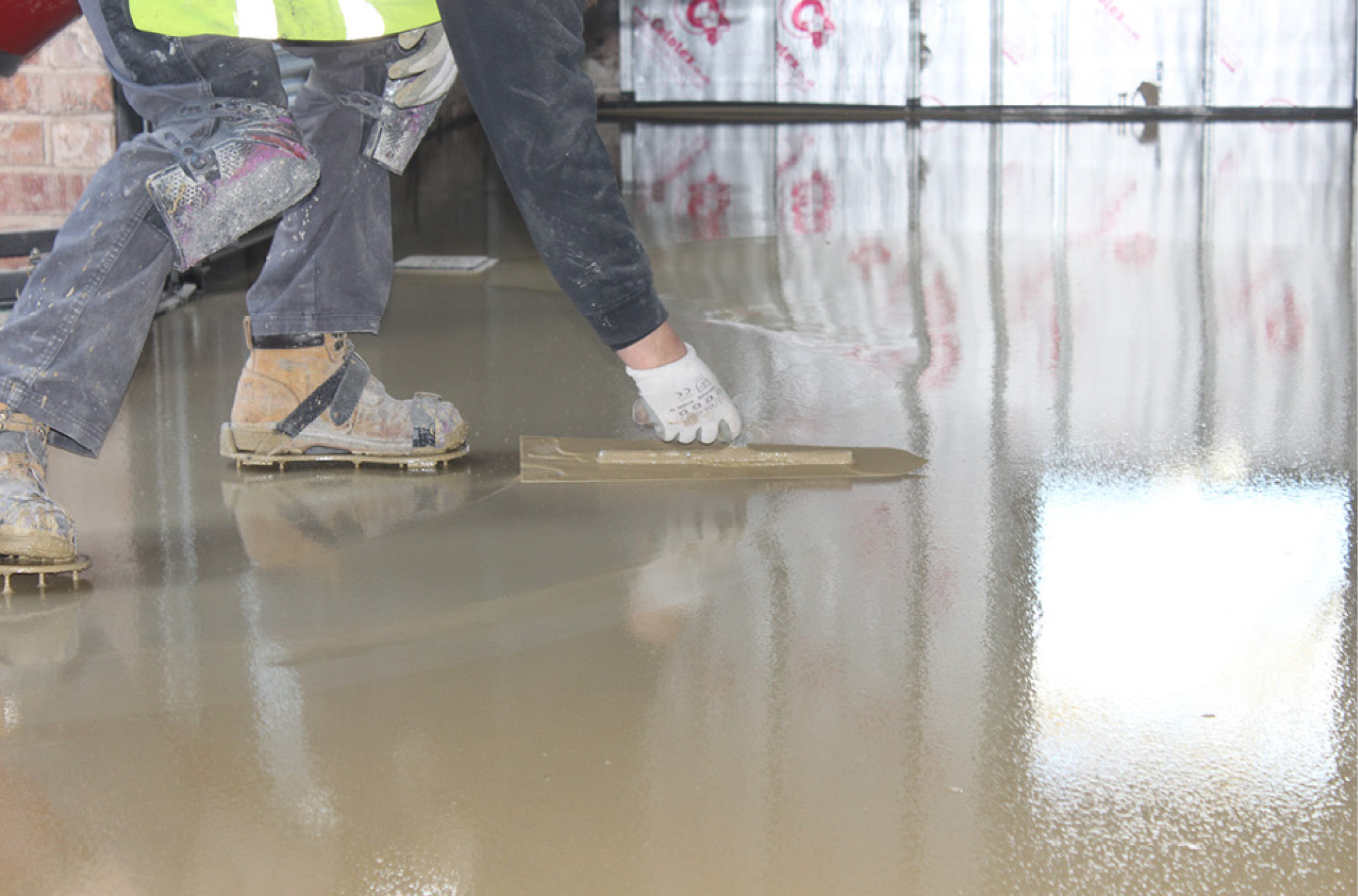 Screeds Sand Cement Vs Self Leveller All Things Flooring